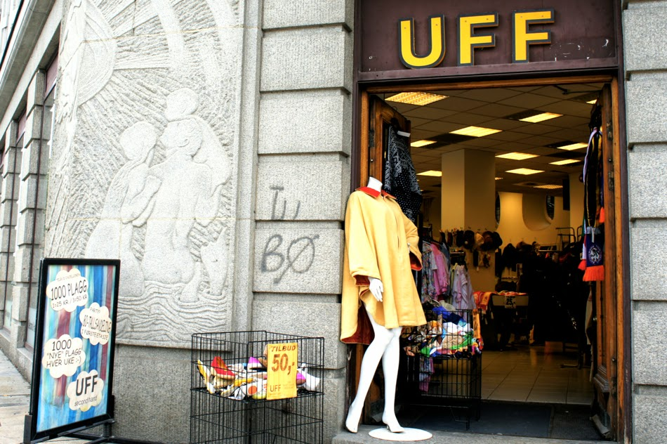UFF Secondhand Shop Oslo Norwegen Vintageshopping Shoppingguide Tipp